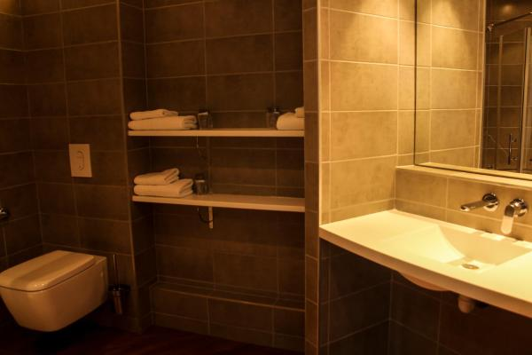 Hotel Pictures: H24 HOTEL, Le Mans