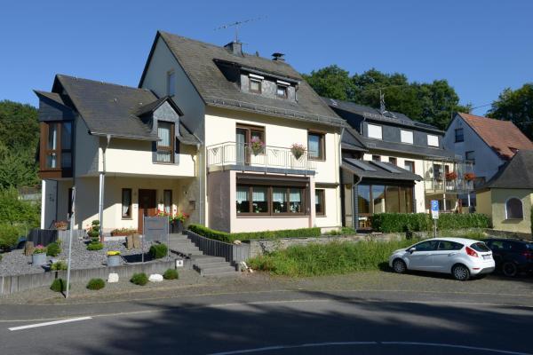 Hotelbilleder: Gästehaus Petra, Ürzig