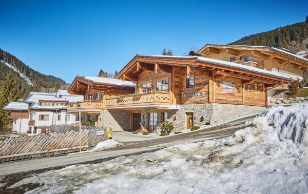Hotellikuvia: Panorama Chalets by Easy Holiday, Saalbach Hinterglemm