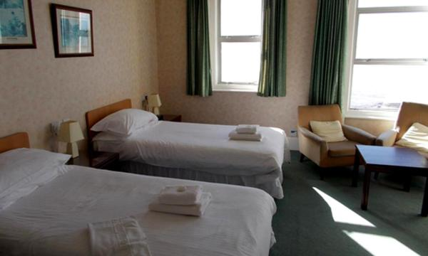 Standard Twin Room with Sea View