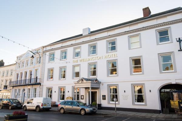 Hotel Pictures: The Wellington, Brecon
