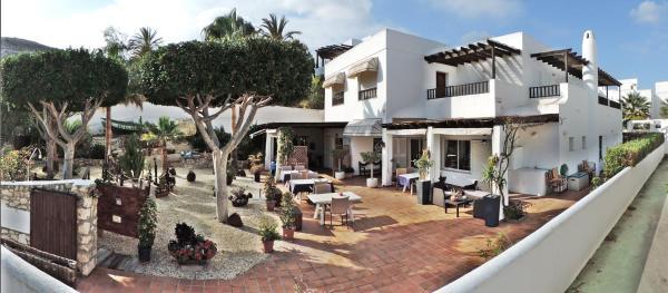 Hotel Pictures: Hotel las Calas, Agua Amarga