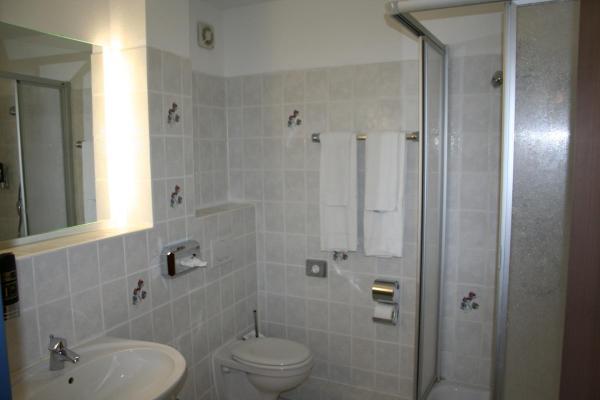 Hotel Pictures: Landhotel Groß Schneer Hof, Groß Schneen