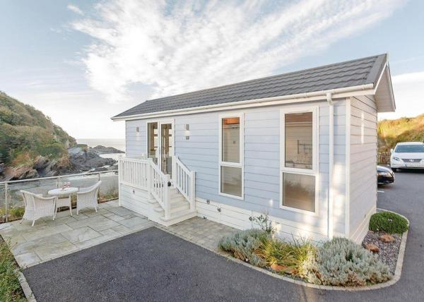 Cairnwood Premier Sea View