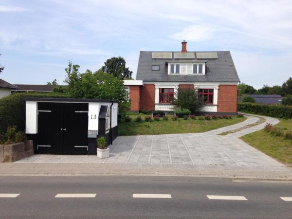 Hotel Pictures: Villa Thurø Bed & Breakfast, Svendborg