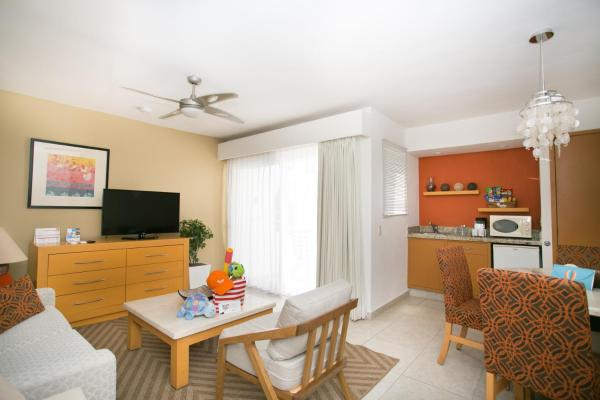 2 Bedroom Family Emotion Suite