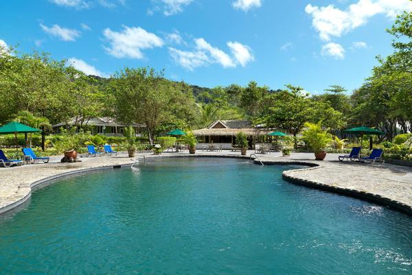 Hotel Pictures: Rosalie Bay Resort, Rosalie