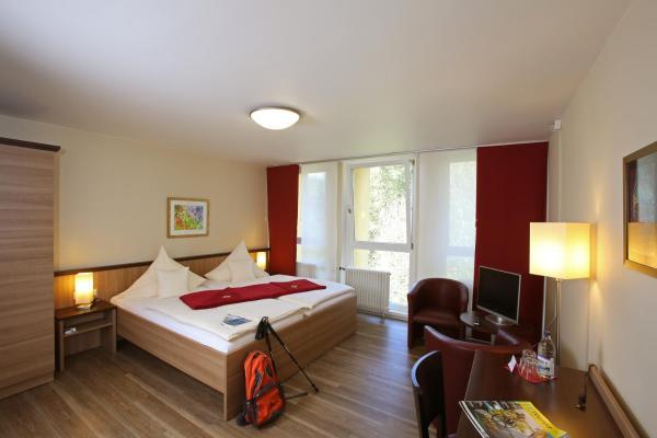 Hotel Pictures: Tagungshaus Regina Pacis, Leutkirch im Allgäu