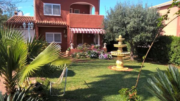 Hotel Pictures: Villa Fuente, Benifayó
