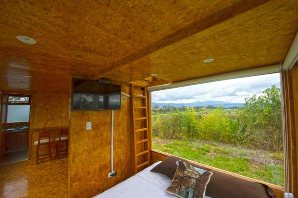 Hotel Pictures: Quito Airport Tiny Suites, Tababela
