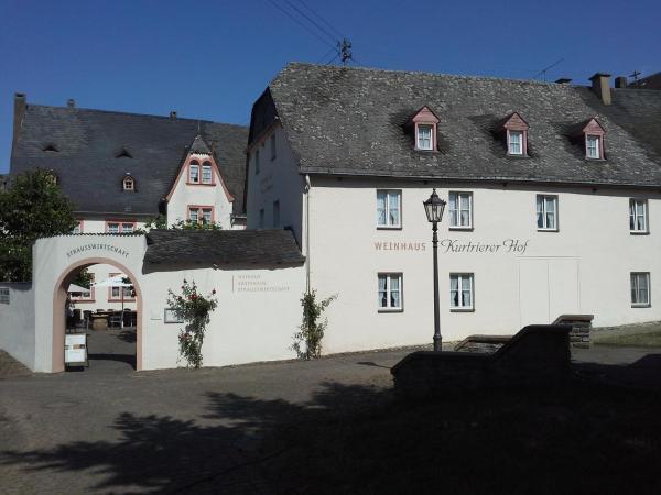 Hotel Pictures: Weinhaus Kurtrierer Hof, Leiwen