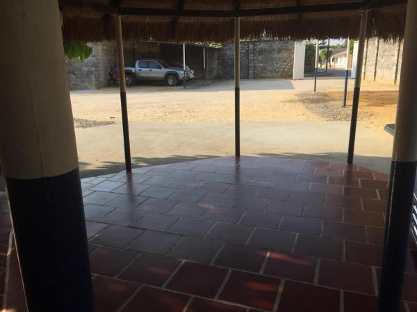 Hotel Pictures: Hotel el Milagro, Sabana de Torres