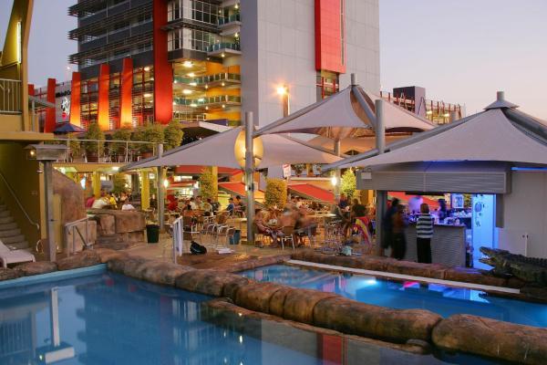 酒店图片: Melaleuca on Mitchell - Darwin YHA, 达尔文