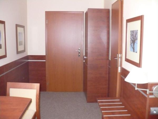 Hotel Pictures: Penzion Mánes, Krabčice