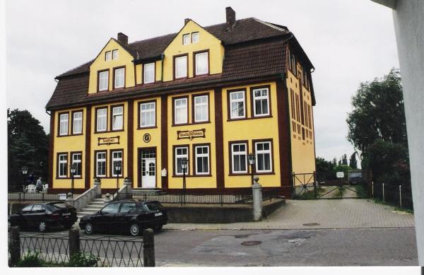 Hotel Pictures: Hotel Gesellschaftshaus, Bergen auf Rügen