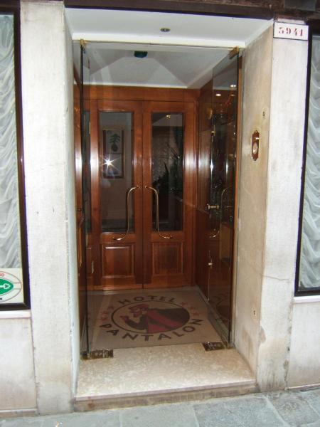 Hotellikuvia: Hotel Pantalon, Venetsia