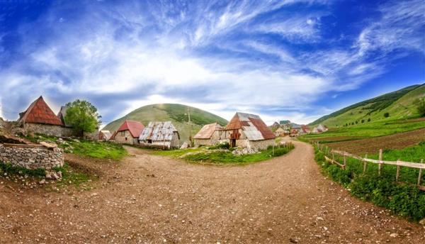 """ホテル写真: Farm Ville """"Natura AS"""" Lukomir, Gornji Lukomir"""