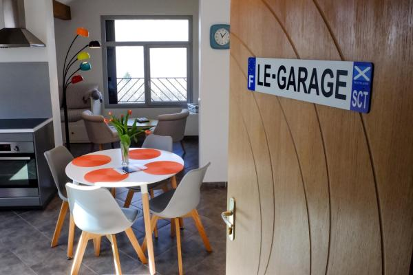 "Hotel Pictures: Appartement ""Le Garage"", Saint-Bonnet-en-Champsaur"