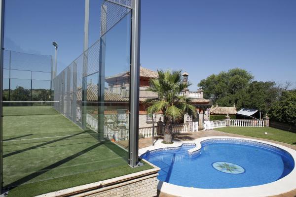 Hotel Pictures: , Castilblanco de los Arroyos