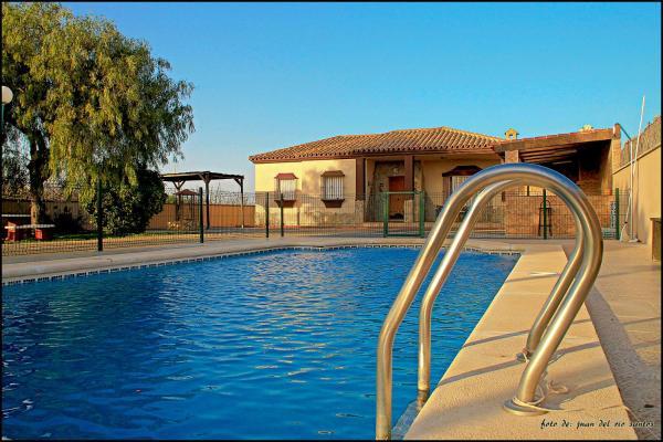 Hotel Pictures: Chalet con piscina privada 170, Conil de la Frontera