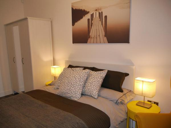 Hotel Pictures: Basingstoke Apartment, Basingstoke