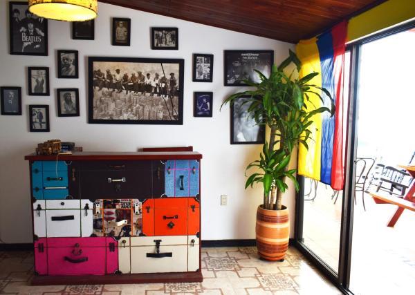 Hotel Pictures: Pink House Hostel, Santa Rosa de Cabal