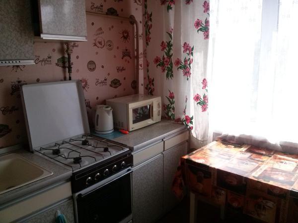 Hotel Pictures: Apartment Molodyozhnaya 133, Navapolatsk