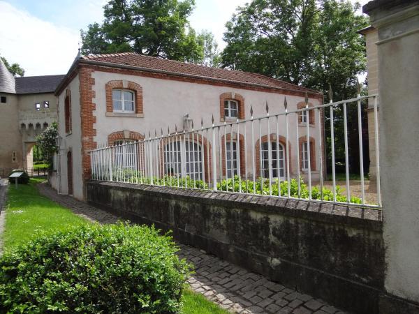Hotel Pictures: , Vic-sur-Seille