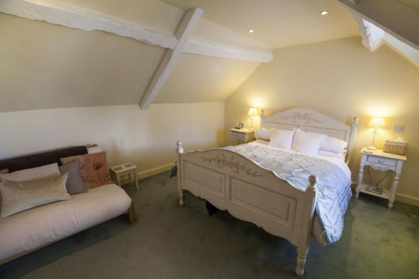 Hotel Pictures: The Talbot Inn, Cirencester