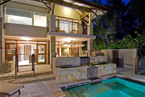 Foto Hotel: Luxury Private Sea Temple Villa 113, Palm Cove