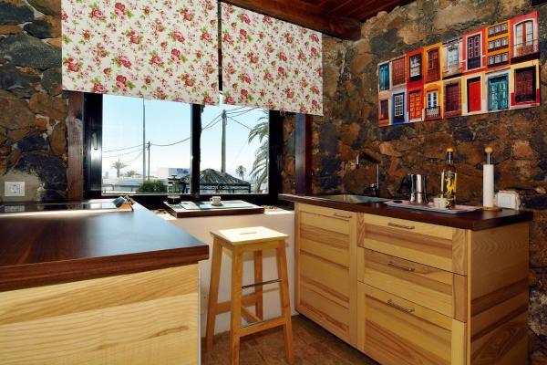 Hotel Pictures: Loft Hervidero, Las Breñas