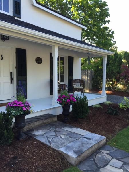 Hotel Pictures: Grace House Bed and Breakfast, Niagara on the Lake