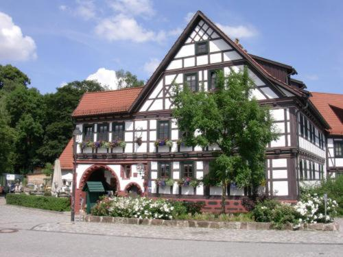Hotel Pictures: Hotel Goldener Hirsch, Suhl
