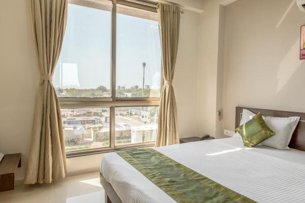 Hotellbilder: Treebo Shrimad Residency, Ahmedabad