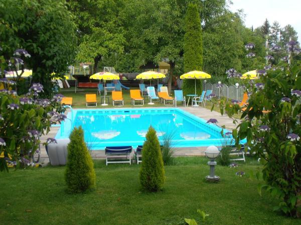 Фотографии отеля: Ferienanlage Seehof, Крумпендорф