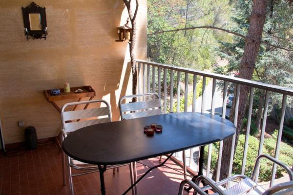 Hotel Pictures: , Aix-en-Provence