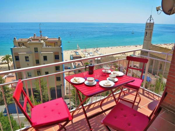 Hotel Pictures: Tiana Seaview & Beach, Montgat