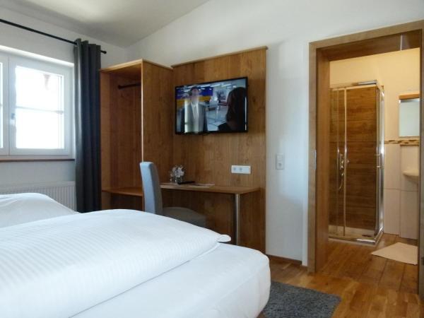 Фотографии отеля: Hotel Fischachstubn, Бергхайм