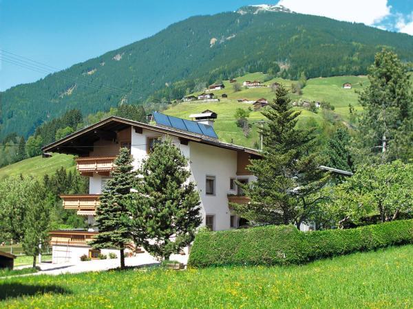 Hotel Pictures: Gästehaus Holaus (365), Stummerberg