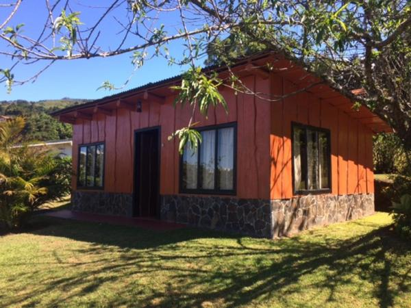 Hotel Pictures: Cabanas Don Gollo, Heredia