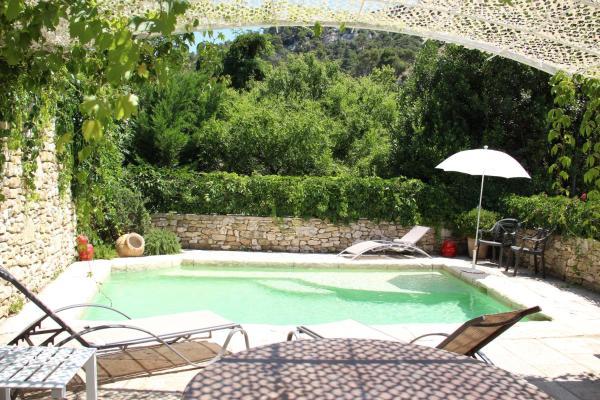 Hotel Pictures: Le Chat Rouge, Robion en Luberon