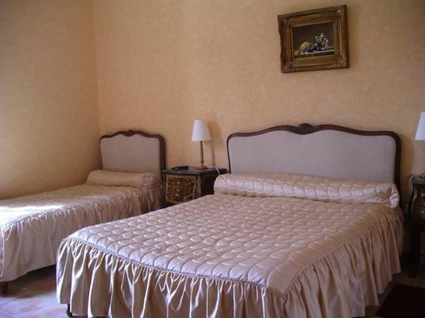 Hotel Pictures: Hôtel Du Chateau De Quineville, Quinéville