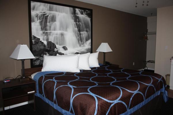 Hotel Pictures: Super 8 Merritt, Merritt