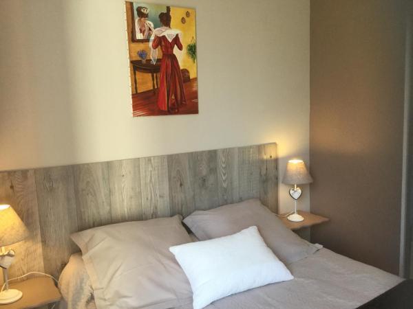 Hotel Pictures: Le Nid Des Alpilles, Saint-Étienne-du-Grès