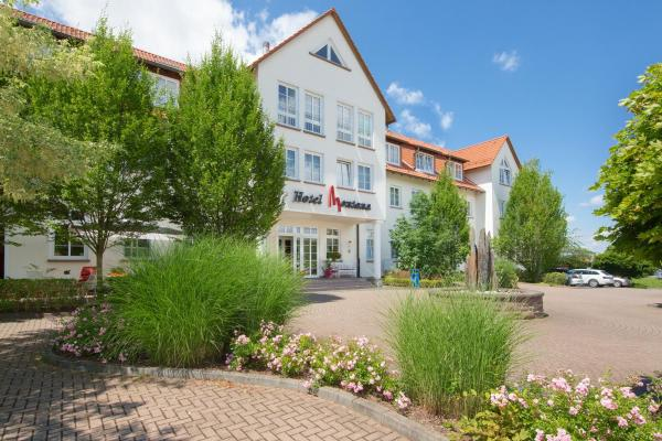 Hotel Pictures: Hotel Montana, Guxhagen