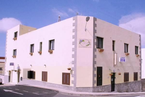 Hotel Pictures: La Vista Pension, Guía de Isora