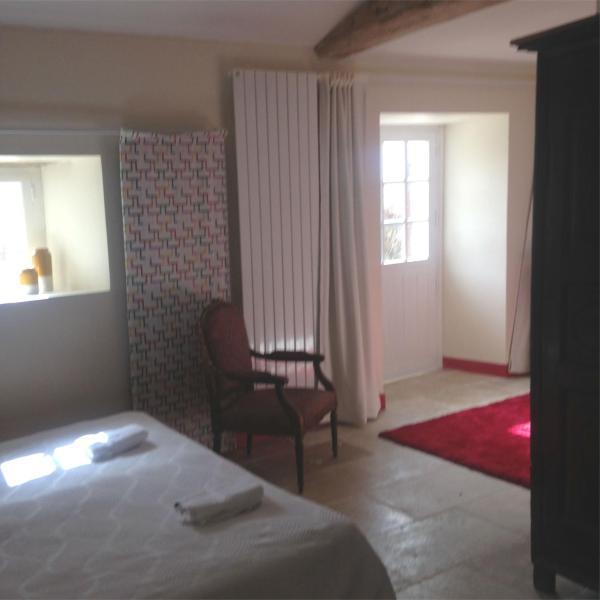 Hotel Pictures: Chambres d'Hôtes et Gîtes du Château de Clauzuroux, Champagne-et-Fontaine
