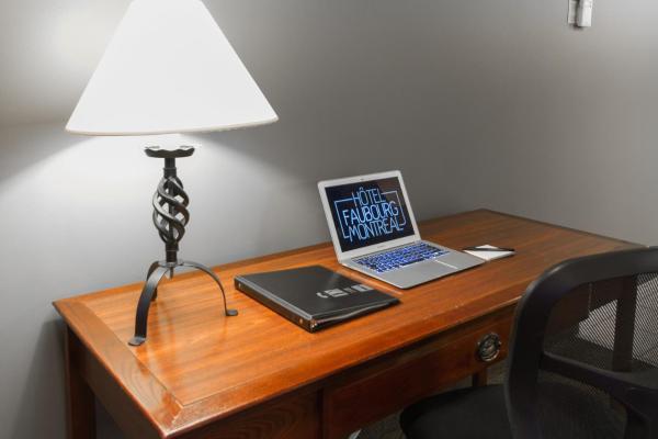 Studio with One Queen Bed