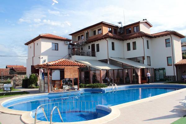 Zdjęcia hotelu: Complex Flora, Patalenitsa