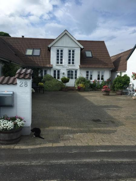 Hotel Pictures: Vejle Golf Bed & Breakfast, Børkop